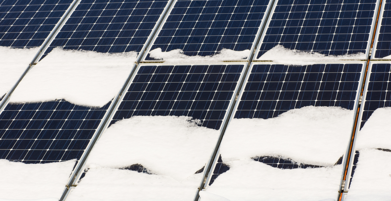 invierte-en-paneles-solares-en-invierno-833038-edited.jpg