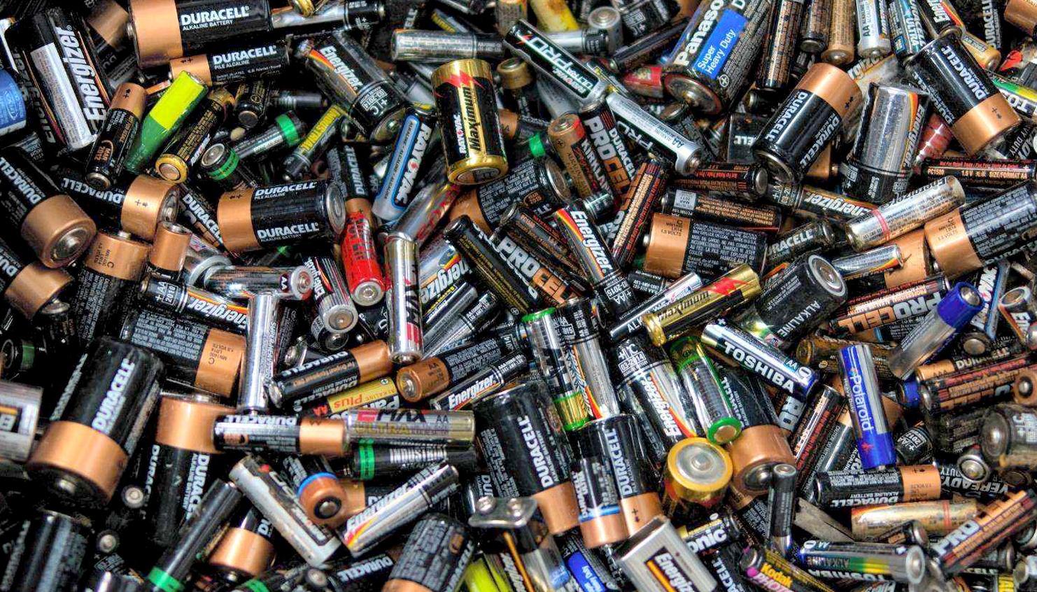 Por Qué Las Baterías Le Hacen Daño Al Medio Ambiente